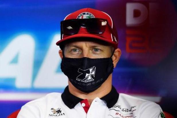 Kimi Räikkönen (41) gaat nog een seizoen door bij AlfaRomeo