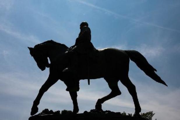 Charlottesville haalt omstreden standbeeld van zuidelijke generaal weg