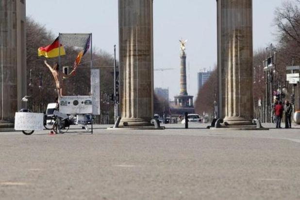 Berlin adopte un plan de sauvetage économique géant