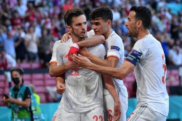 Spanje stoot na knotsgek duel en verlengingen door naar de kwartfinales