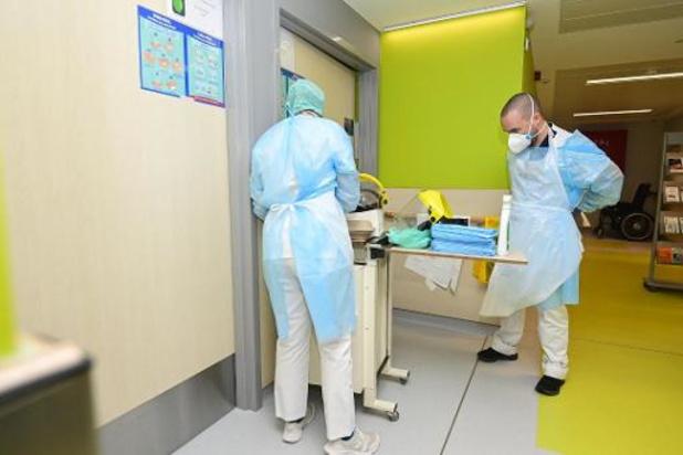 Aantal sterfgevallen en ziekenhuisopnames stijgt licht