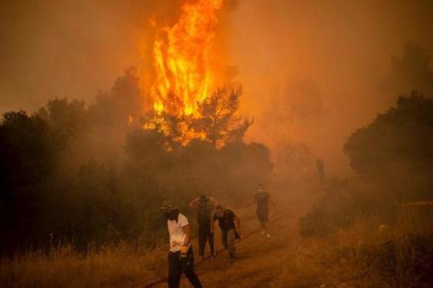 Grèce: nouvelles évacuations dans l'île d'Eubée et au nord-ouest d'Athènes