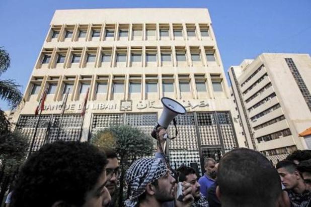 Libanese betogers bezetten overheidsinstanties en nutsbedrijven