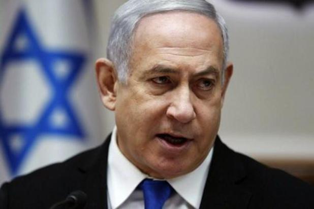 Inculpé, Netanyahu renonce à trois ministères, reste Premier ministre