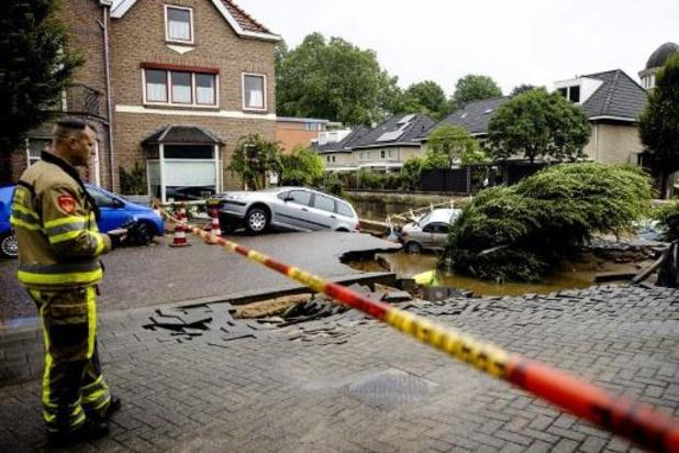 Militaire noodbrug in Valkenburg is gereed