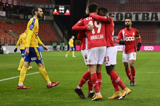 Jupiler Pro League - Standard klopt Waasland-Beveren bij debuut Leye