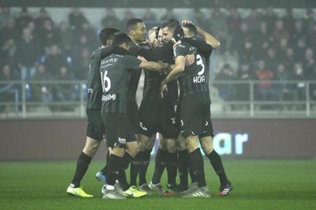 Jupiler Pro League - Saint-Trond s'impose à Mouscron et Eupen gagne à Waasland-Beveren