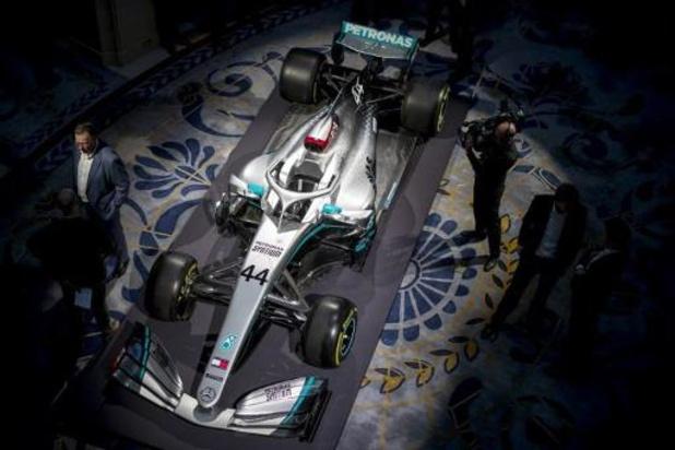 F1-team Mercedes showt nieuwe 'liefde' van Hamilton