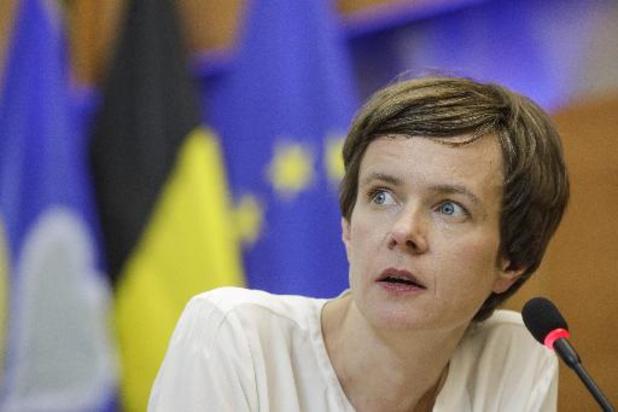 """5G: """"Vlaanderen neemt actie, Brussel organiseert een burgerpanel"""""""