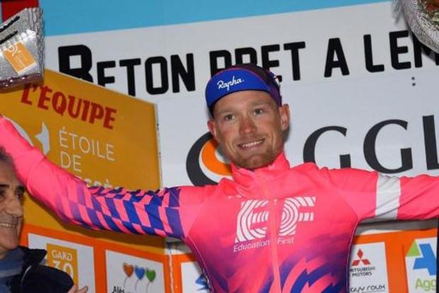 Magnus Cort-Nielsen (EF) gagne la 16e étape au sprint, Roglic, 2e, grappille 6 secondes