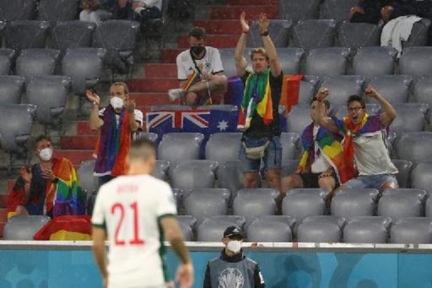 """UEFA opent onderzoek naar """"incidenten"""" tijdens Duitsland-Hongarije"""