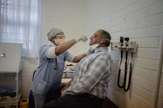 """L'OMS s'inquiète de l'""""accélération"""" de l'épidémie de Covid-19 en Afrique"""