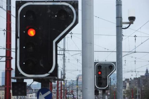 Derde minder treinen door het rood