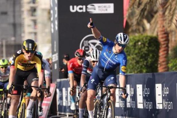 Sam Bennett sprint naar tweede ritzege in de UAE Tour