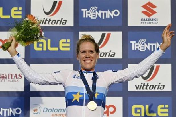 EK wielrennen - Van Dijk soleert naar Europese titel, Kopecky 14e