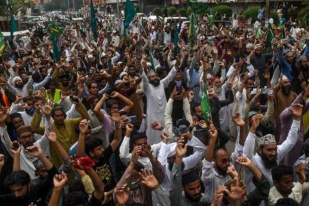 Duizenden Pakistanen protesteren tegen Mohammed-cartoons