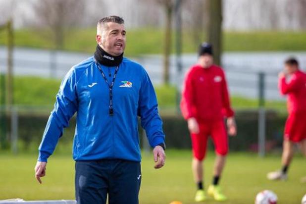 """Nieuwe KVO-coach Custovic zet vooral in op mentaal oplapwerk: """"Geloof in goede afloop"""""""