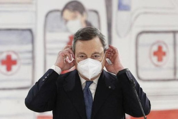 Frankrijk en Italië willen AstraZeneca snel weer gebruiken na positieve conclusie EMA