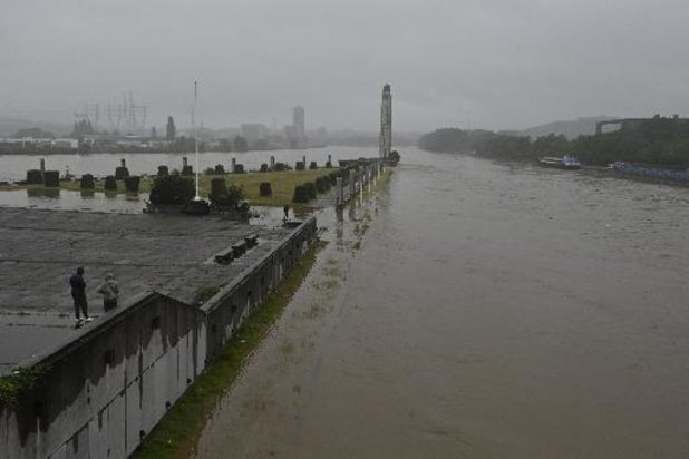 Intempéries - Pluies torrentielles et montée des eaux à Liège: la vigilance reste de mise