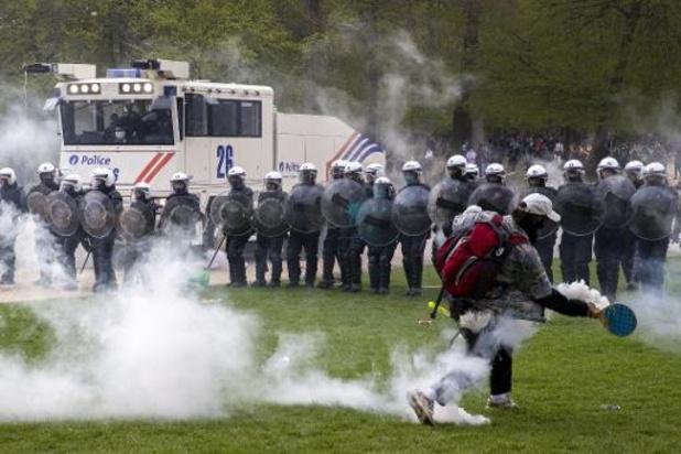 """Le collectif """"L'Abîme"""" prévoit son propre événement-test le 15 mai, intitulé """"La Boum Test"""""""