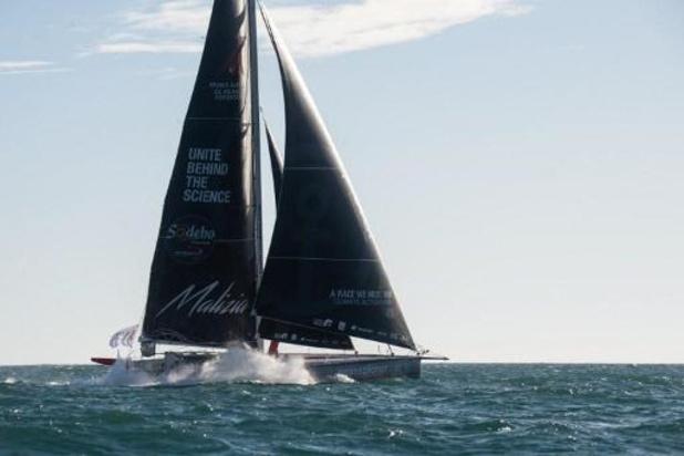 Vendée Globe - Boris Herrmann, en lice pour la victoire, a heurté un bateau de pêche