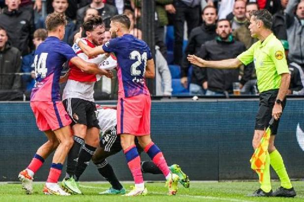 Belgen in het buitenland - Carrasco loopt tegen domme rode kaart aan in oefenduel tegen Feyenoord