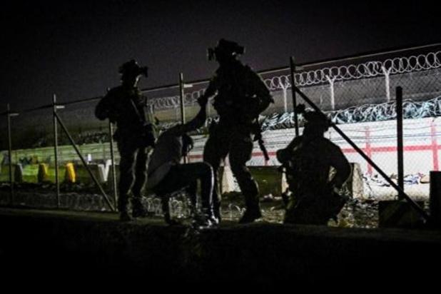 Lid Afghaanse ordetroepen gedood bij gevecht aan luchthaven Kaboel