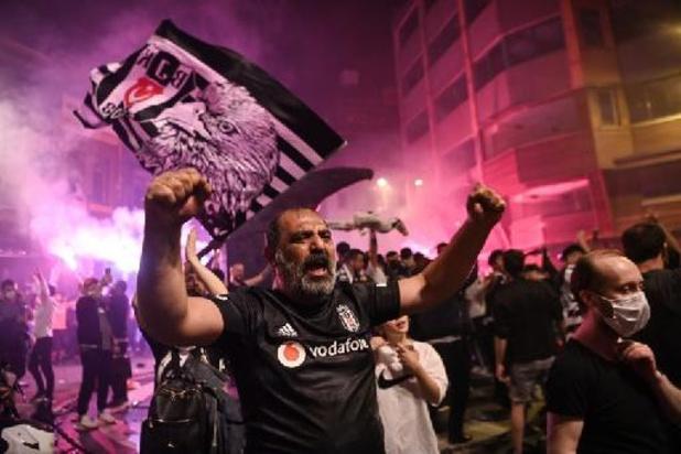 Besiktas remporte la Coupe de Turquie et signe le doublé