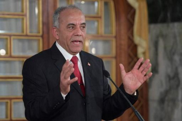 Tunesische premier vormt regering van onafhankelijke technocraten