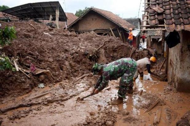 Dodentol na aardverschuivingen in Indonesië loopt op tot 40