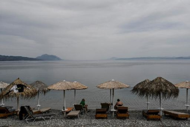 Réouverture des plages privées et des musées en Grèce