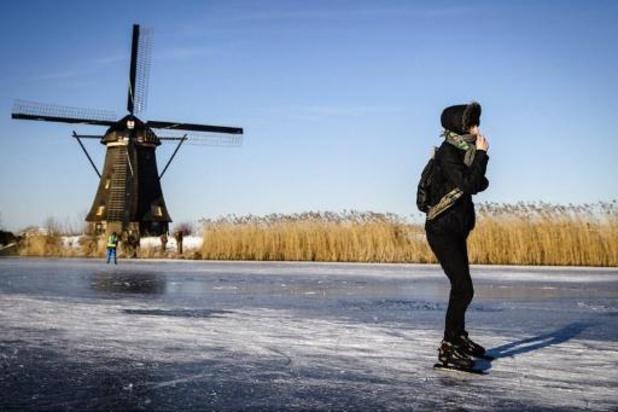 Winterweer - Door schaatsongevallen twee keer zo druk op spoeddiensten in Nederland