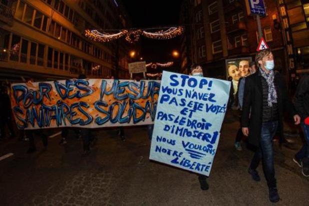 Manifestation contre le couvre-feu à Liège: 350 arrestations administratives et 7 blessés