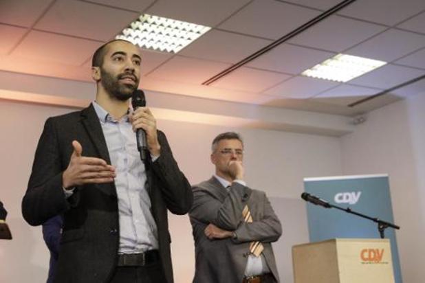 Ex-ministers scharen zich achter Mahdi