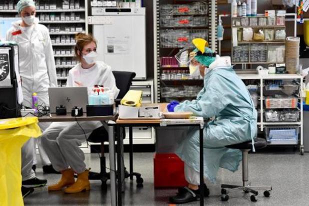 """""""Stilaan bekijken hoe gewone activiteiten in ziekenhuizen heropgestart kunnen worden"""""""