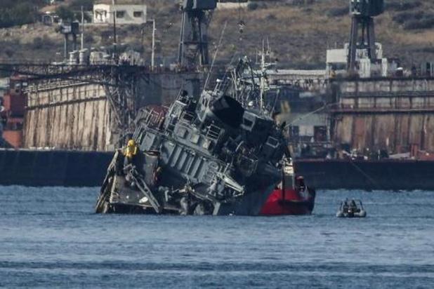 Grèce: arrestation du capitaine du cargo entré en collision avec un navire de guerre
