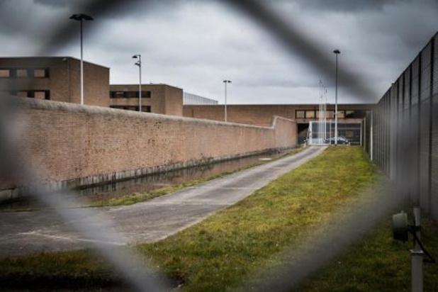 Vaccinatiecentra in tien gevangenissen om personeel te vaccineren vanaf begin mei