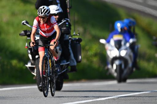 OS 2020: Lotte Kopecky valt net naast het podium in de wegrit, Oostenrijkse Kiesenhofer pakt goud