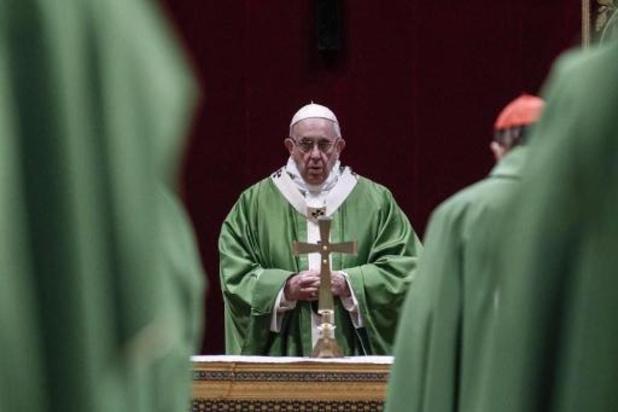 Slachtoffers seksmisbruik in de kerk teleurgesteld over inspanningen van paus