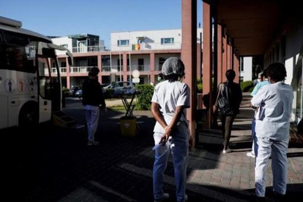 Le personnel des maisons de repos pourra être dépisté préventivement en Flandre