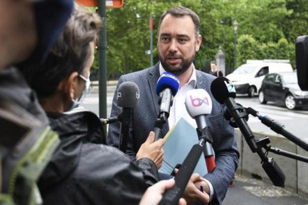 """""""On m'a fait savoir que la porte restait ouverte"""", dit Maxime Prévot"""