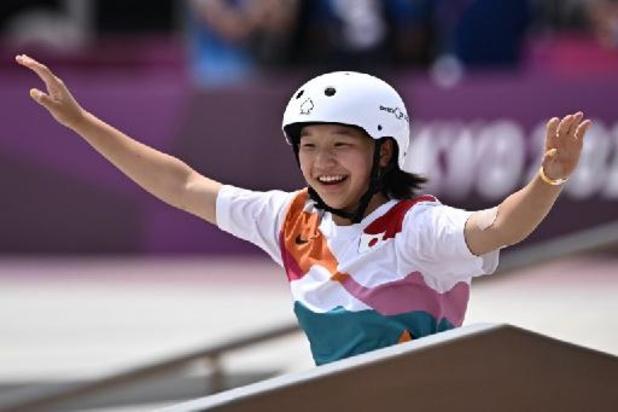 Dertienjarige Japanse is eerste vrouwelijke goudenmedaillewinnares in het skateboarden