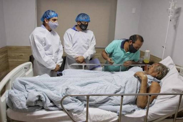 Brésil: Raoni doit sortir de l'hôpital samedi