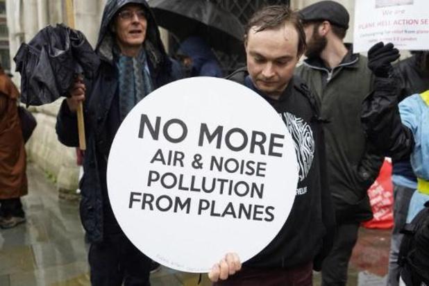 La justice britannique met un coup d'arrêt au projet d'agrandissement d'Heathrow
