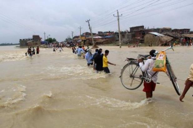 Deux morts et 16 disparus après l'inondation d'un village au Népal