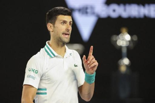 Novak Djokovic en finale en dominant la révélation russe Karatsev, issu des qualifications