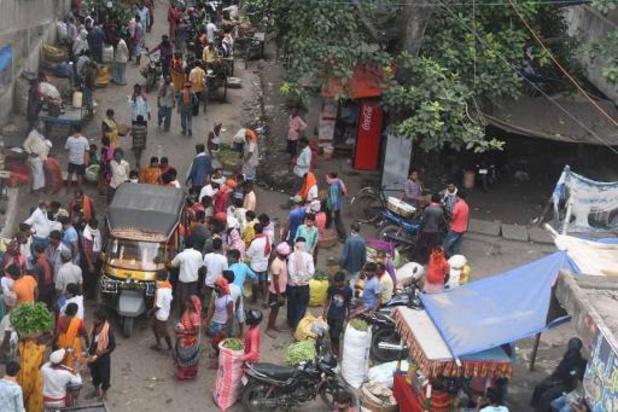 Nouveaux reconfinements en Inde, proche du million de cas déclarés