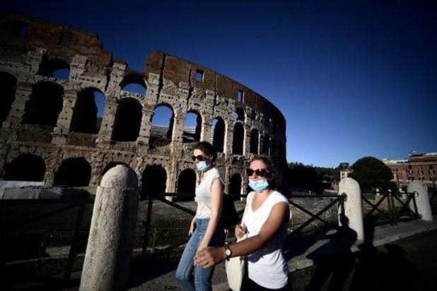 Plus de 5.000 cas de contamination par jour en Italie