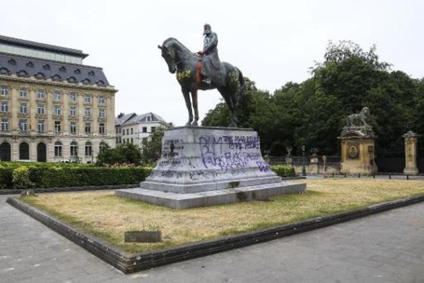 La statue de Léopold II située sur la place du Trône, à Bruxelles, a été vandalisée