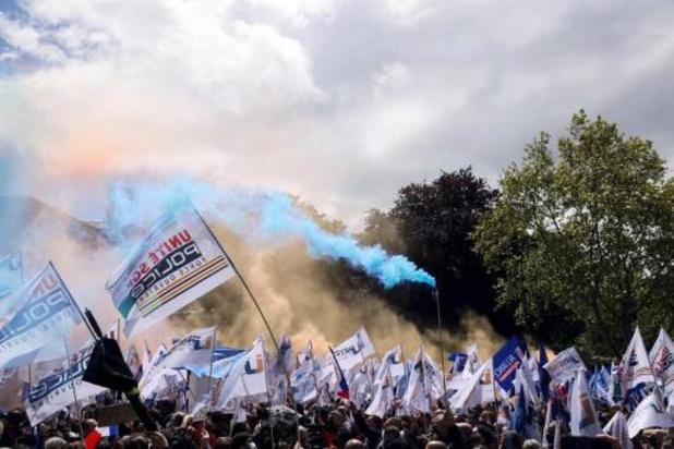 Duizenden Franse politieagenten op straat na dood van collega